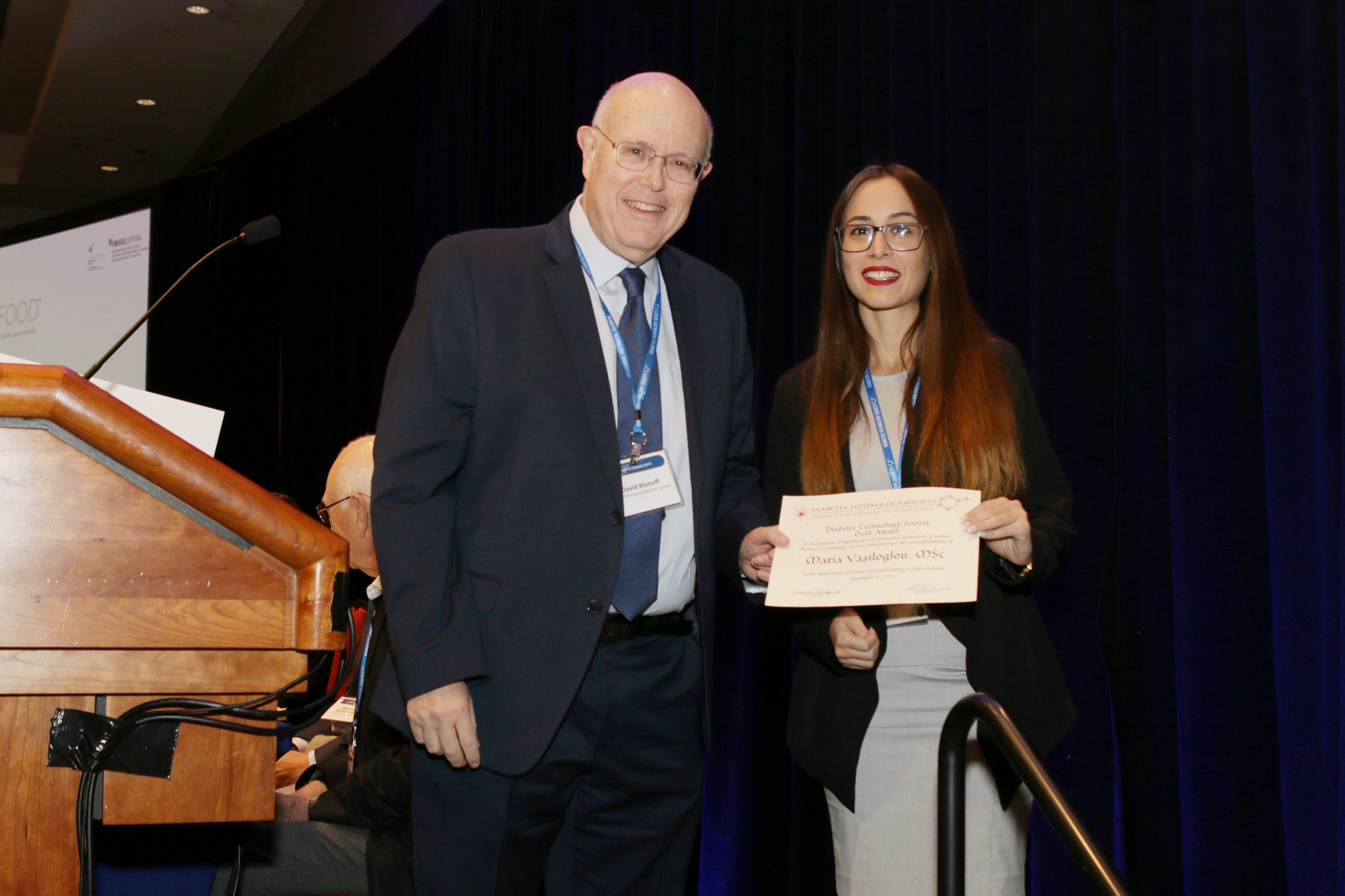 Maria Vasiloglou receives the Gold Student award